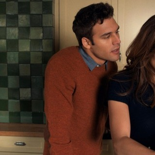 Ryan Guzman stars as Noah Sandborn and Jennifer Lopez stars as Claire Peterson in Universal Pictures' The Boy Next Door (2015)