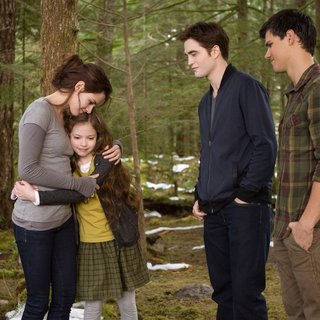 Kristen Stewart, Mackenzie Foy, Robert Pattinson and Taylor Lautner in Summit Entertainment's The Twilight Saga's Breaking Dawn Part II (2012)