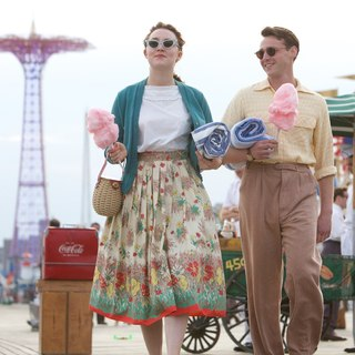 Saoirse Ronan stars as Ellis Lacey and Emory Cohen stars as Tony in Fox Searchlight Pictures' Brooklyn (2015) - brooklyn-image07
