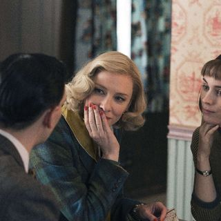Cate Blanchett stars as Carol Aird and Rooney Mara stars as Therese Belivet in The Weinstein Company's Carol (2015) - carol06