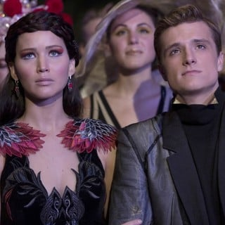 Hunger Games: Catching Fire, The - Jennifer Lawrence stars as Katniss Everdeen and Josh Hutcherson stars as Peeta Mellark in Lionsgate Films' The Hunger Games: Catching Fire (2013)