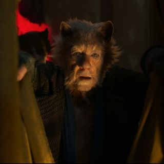 Ian McKellen stars as Gus The Theatre Cat in Universal Pictures' Cats (2019)