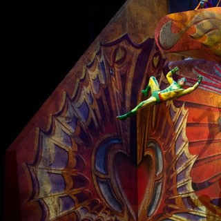 Cirque du Soleil: Worlds Away Picture 18