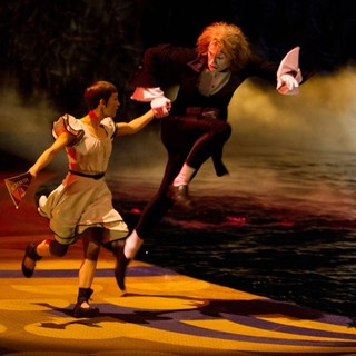 Cirque du Soleil: Worlds Away Picture 8