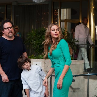Jon Favreau, Emjay Anthony and Sof�­a Vergara in Open Road Films' Chef (2014)