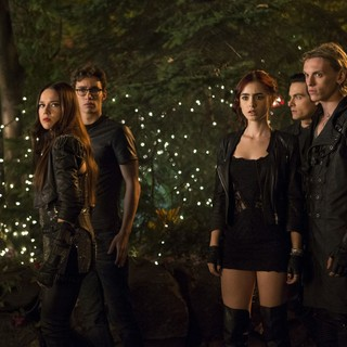 The Mortal Instruments: City of Bones Picture 10