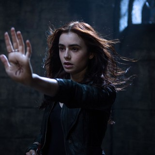 The Mortal Instruments: City of Bones Picture 12