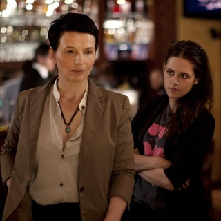 Juliette Binoche stars as Maria Enders and Kristen Stewart stars as Valentine in IFC Films' Clouds of Sils Maria (2015)