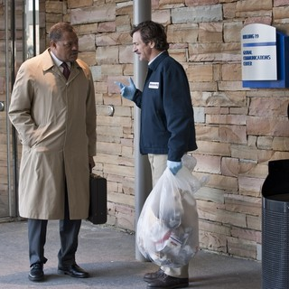 Laurence Fishburne stars as Dr. Ellis Cheever in Warner Bros. Pictures' Contagion (2011) - contagion-warner04