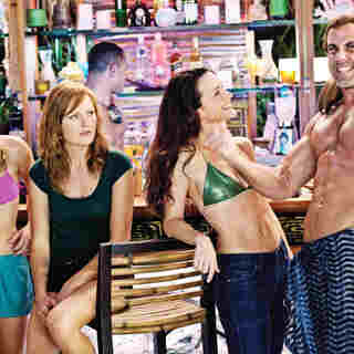 Kristen Bell, Malin Akerman, Kristin Davis and Carlos Ponce in Universal Pictures' Couples Retreat (2009) - couples_retreat43