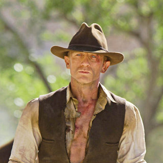 Cowboys and Aliens Picture 4