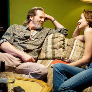 Jeff Bridges stars as Bad Blake and Maggie Gyllenhaal stars as Jean Craddock in Fox Searchlight Pictures' Crazy Heart (2009)