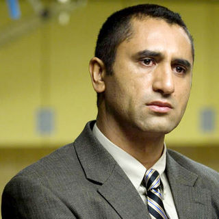 Cliff Curtis stars as Hamid Baraheri in The Weinstein Company's Crossing Over (2008). Photo credit by Dale Robinette. - crossing_over07