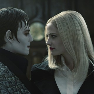 Dark Shadows Picture 3