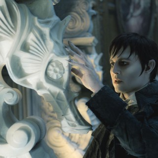 Dark Shadows Picture 8