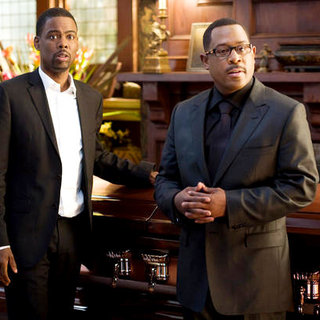 Chris Rock and Martin Lawrence in Screen Gems' Death at a Funeral (2010)