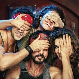 Poster of Red Chillies Entertainment's Dilwale (2015) - dilwale-poster01