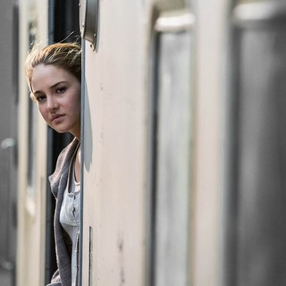Divergent - Shailene Woodley stars as Beatrice Prior/Tris in Summit Entertainment's Divergent (2014)