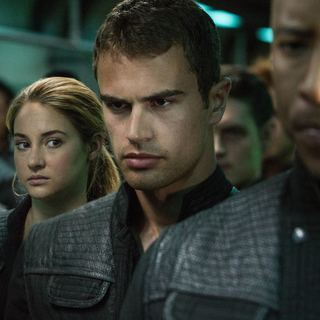 Divergent - Shailene Woodley stars as Beatrice Prior/Tris and Theo James stars as Four in Summit Entertainment's Divergent (2014)