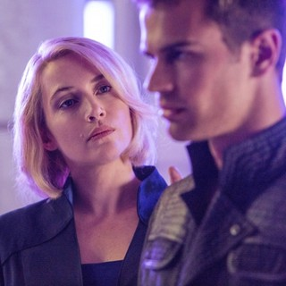 Kate Winslet stars as Jeanine Matthews and Theo James stars as Four in Summit Entertainment's Divergent (2014)