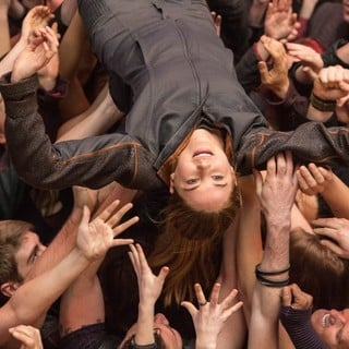 Shailene Woodley stars as Beatrice Prior/Tris in Summit Entertainment's Divergent (2014)