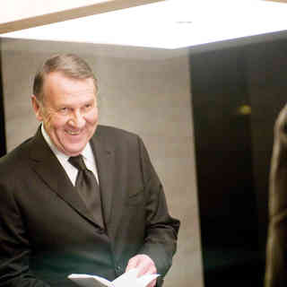Tom Wilkinson stars as Howard Tully in Universal Pictures' Duplicity (2009) - duplicity05