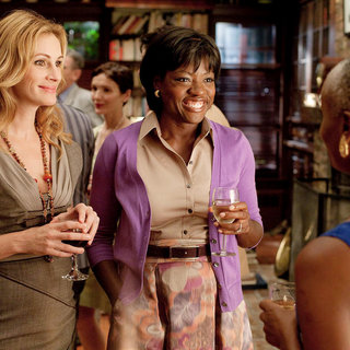 Julia Roberts stars as Elizabeth Gilbert and Viola Davis stars as Delia in Columbia Pictures' Eat, Pray, Love (2010) - eat_pray_love38