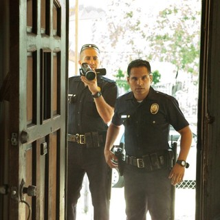 Jake Gyllenhaal stars as Officer Taylor and Michael Pena stars as Officer Zavala in Open Road Films' End of Watch (2012) - end-of-watch-image02