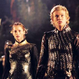 Sienna Guillory as Arya and Edward Speleers as Eragon in The 20th Century Fox' Eragon (2006) - eragon05