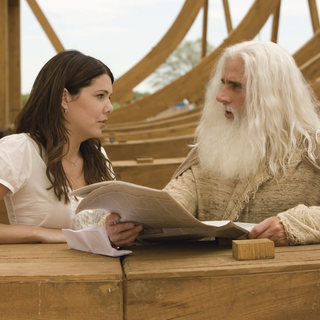 Lauren Graham and Steve Carell as Evan Baxter in Universal Pictures' Evan Almighty (2007)