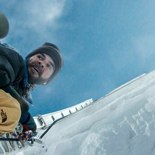 Jason Clarke stars as Rob Hall in Universal Pictures' Everest (2015)