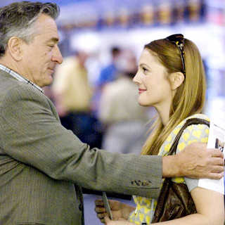 Robert De Niro stars as Frank and Drew Barrymore stars as Rosie in Miramax Films' Everybody's Fine (2009) - everybody_s_fine02