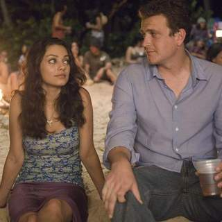 Mila Kunis as Racheal and Jason Segel as Peter Bretter in Universal Pictures' Forgetting Sarah Marshall (2008) - foc_07