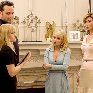 Four Christmases Picture 36