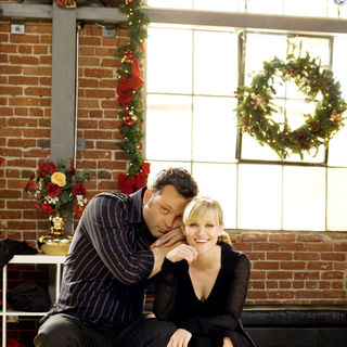Four Christmases Picture 40