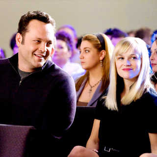Vince Vaughn stars as Brad and Reese Witherspoon stars as Kate in New Line Cinema's Four Christmases (2008)