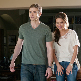 Friends with Benefits Picture 2