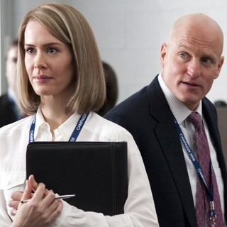 Sarah Paulson stars as Nicolle Wallace and Woody Harrelson stars as Steve Schmidt in HBO Films' Game Change (2012)