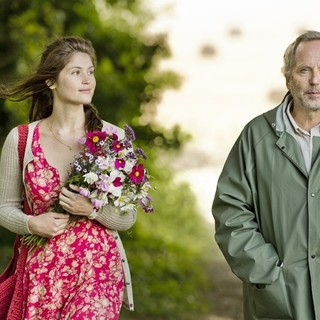 Gemma Arterton (stars as Gemma Bovery) and Fabrice Luchini in Music Box Films' Gemma Bovery (2015) - gemma-bovery-image03