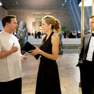 Ricky Gervais, Tea Leoni and Greg Kinnear in Paramount Pictures' Ghost Town (2008) - ghost_town03