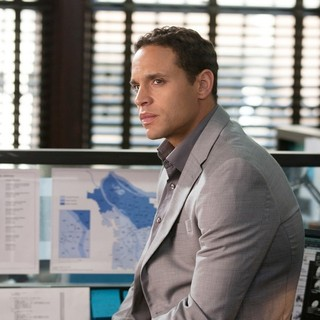 Daniel Sunjata stars as Powers in Summit Entertainment's Gone (2012) - gone-pic04