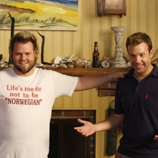 Tyler Labine stars as Mike McCrudden and Jason Sudeikis stars as Eric in Samuel Goldwyn Films' A Good Old Fashioned Orgy (2011) - good-old-fashioned-orgy03