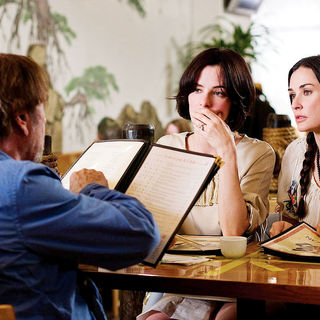 Parker Posey stars as Jayne and Demi Moore stars as Laura in Roadside Attractions' Happy Tears (2010). Photo credit by John Baer. - happy_tears01