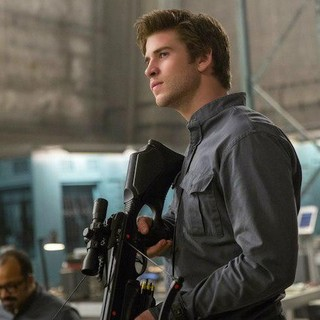 Hunger Games: Mockingjay, Part 1, The - Liam Hemsworth stars as Gale Hawthorne in Lionsgate Films' The Hunger Games: Mockingjay, Part 1 (2014)