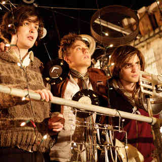 Johnny White, Mike Pearce and Robert Pattinson in IFC Films' How to Be (2009)