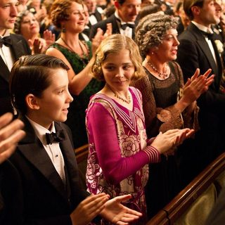 Asa Butterfield stars as Hugo Cabret snd Chloe Moretz stars as Isabelle in Paramount Pictures' Hugo (2011) - hugo-pic05