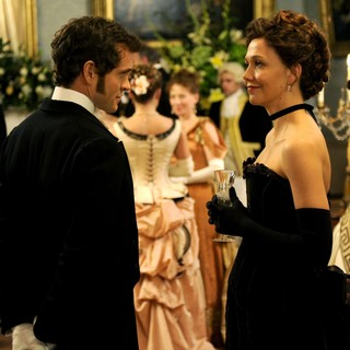 Hugh Dancy stars as Mortimer Granville and Maggie Gyllenhaal stars as Charlotte Dalrymple in Sony Pictures Classics' Hysteria (2012)