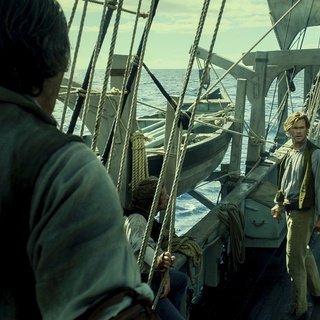 Chris Hemsworth stars as Owen Chase in Warner Bros. Pictures' In the Heart of the Sea (2015) - in-the-heart-of-the-sea-img08