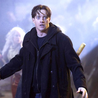 Brendan Fraser stars as Mo 'Silvertongue' Folchart in New Line Cinema's Inkheart (2009) - inkheart37