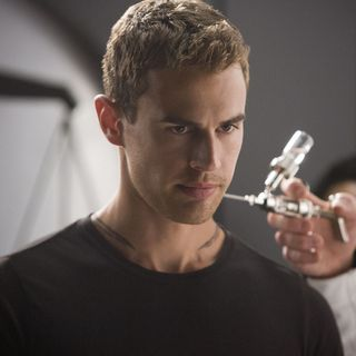 Theo James stars as Four in Summit Entertainment's The Divergent Series: Insurgent (2015)